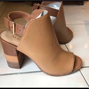 💕Host Pick💕 NWOT Aldo sandals